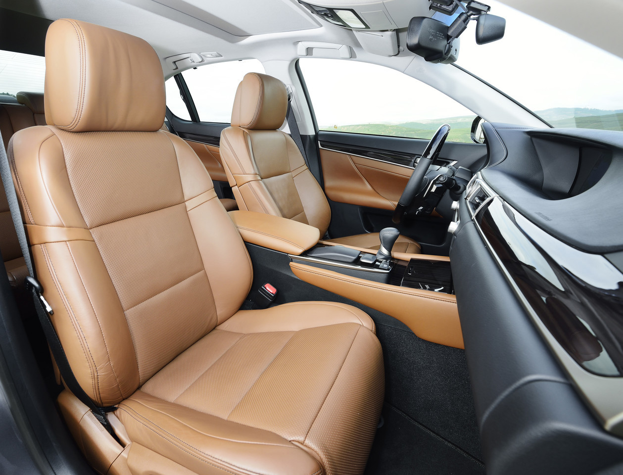 Foto de Lexus GS 300h (22/153)