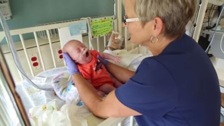 Renee-enfermera-neonatal