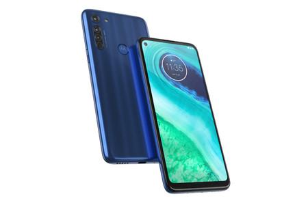 Motorola Moto G8: el nuevo gama media huye del notch y apuesta por una pantalla perforada de 6,4 pulgadas y tres cámaras traseras