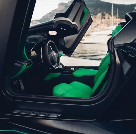 Lamborghini Veneno Roadster7 1579016317