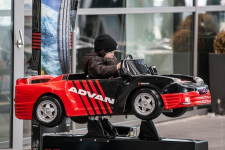En España el peque se aburre en los viajes en coche a partir del minuto 25 de estar montado en él