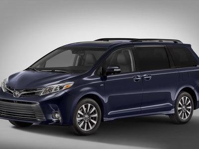 La Toyota Sienna 2018 estrena frente y tecnología, pero no generación