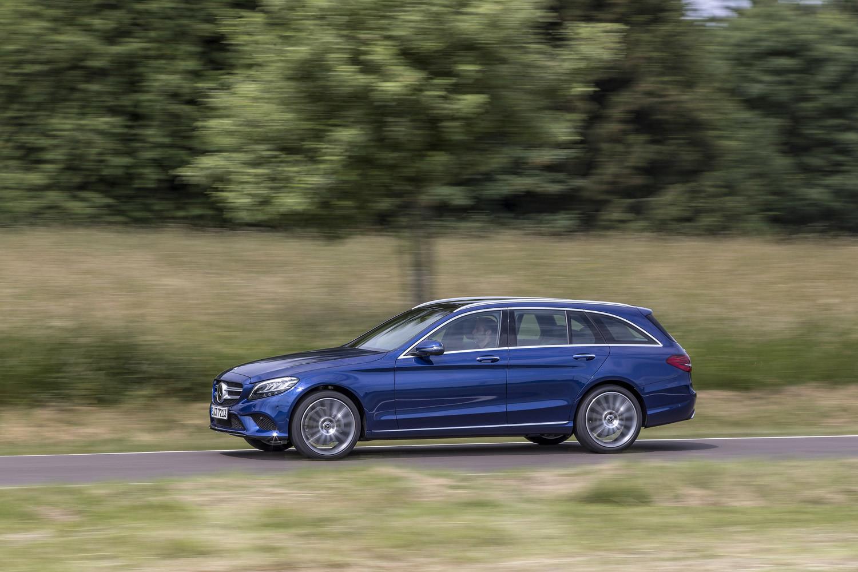 Foto de Mercedes-Benz Clase C 2018, toma de contacto (235/255)
