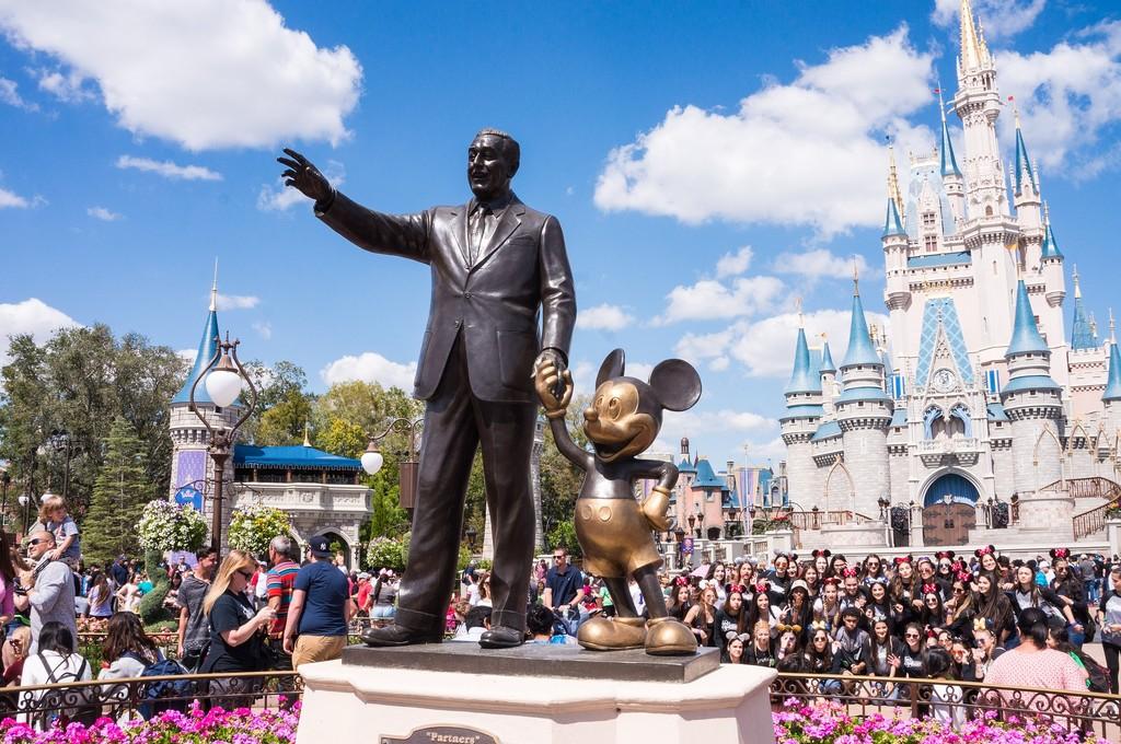 Disney cierra todos sus parques para evitar la expansión del Coronavirus