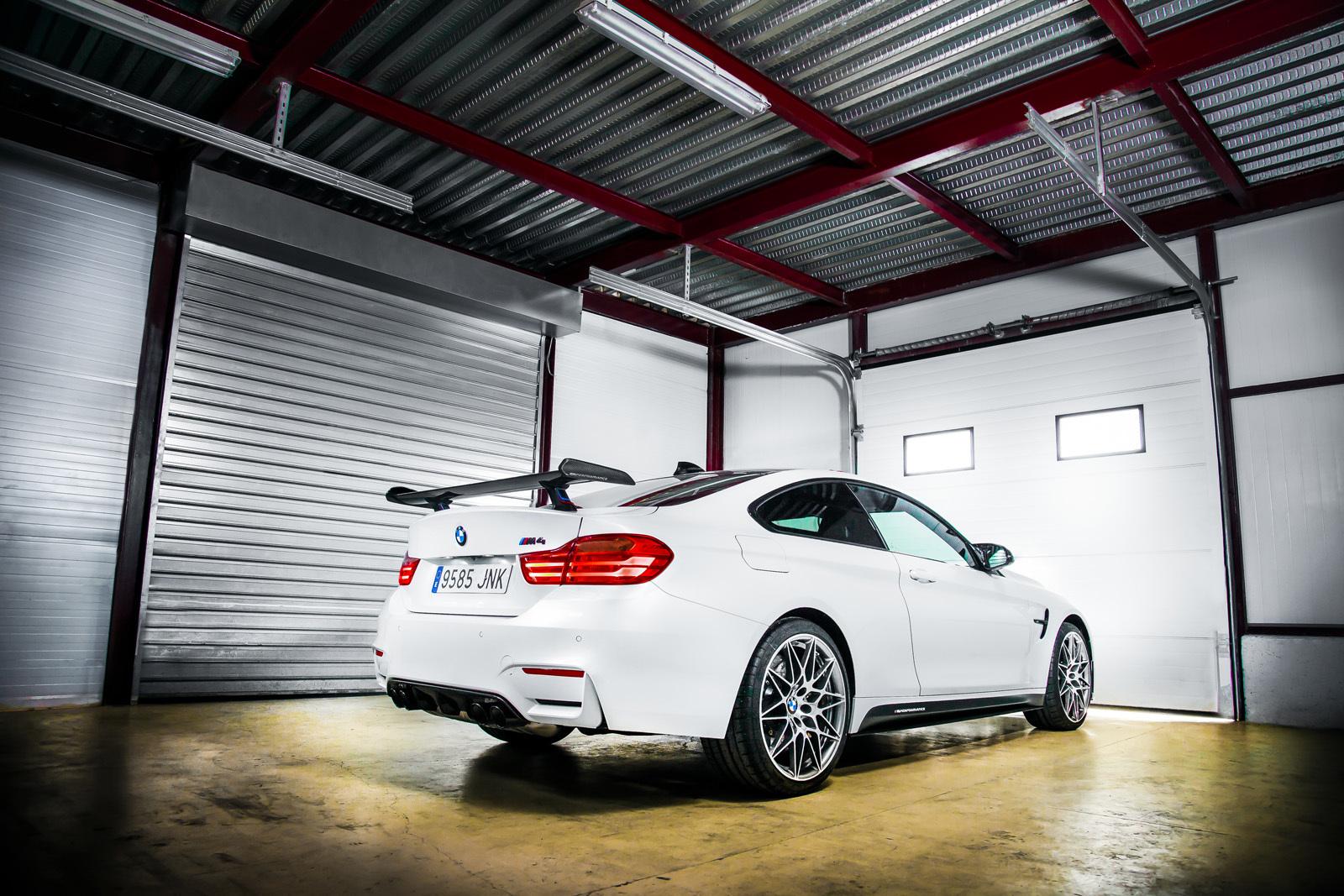 Foto de BMW M4 CS (10/60)