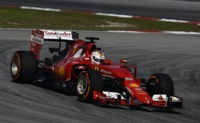 GP Malasia F1: Sebastian Vettel tumba a los Mercedes
