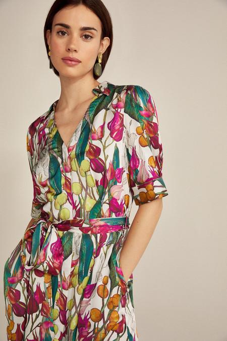 Pedro del Hierro tiene en rebajas los vestidos y faldas más femeninos y estilosos del verano