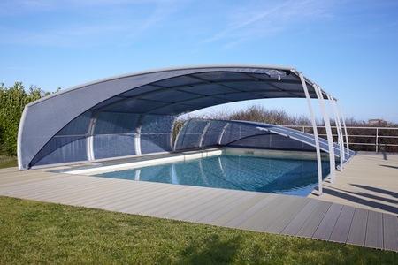 Diez consejos para el mantenimiento de la piscina durante el invierno