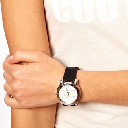Para no llegar tarde a las citas con mamá, el mejor regalo un reloj
