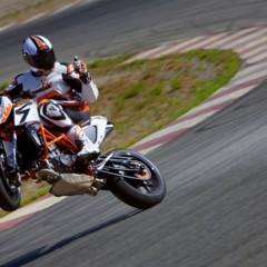 Foto 8 de 16 de la galería salon-de-milan-2012-ktm-690-duke-r-aun-mas-erre en Motorpasion Moto
