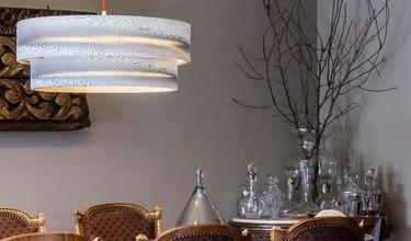 Apuesta por el diseño y por el medio ambiente: lámparas de cartón artesanales