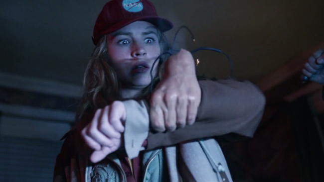 Britt Robertson en el tráiler final de Tomorrowland