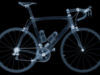 Así es el dopaje tecnológico en el ciclismo y toda la innovación que hay en él