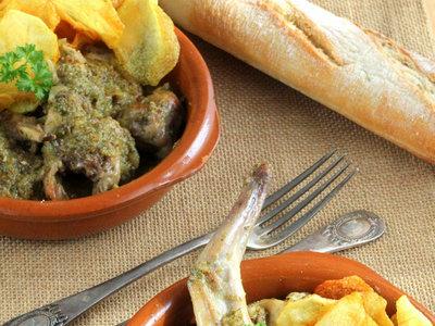 Conejo en salsa verde, receta tradicional