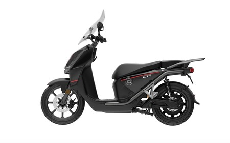 Super SOCO CPx, la nueva scooter eléctrica financiada por Xiaomi, apunta hacia Vespa con sus 140km de autonomía y hasta 90 km/h