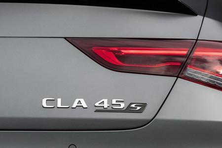 Mercedes Amg Cla 45 4matic 29
