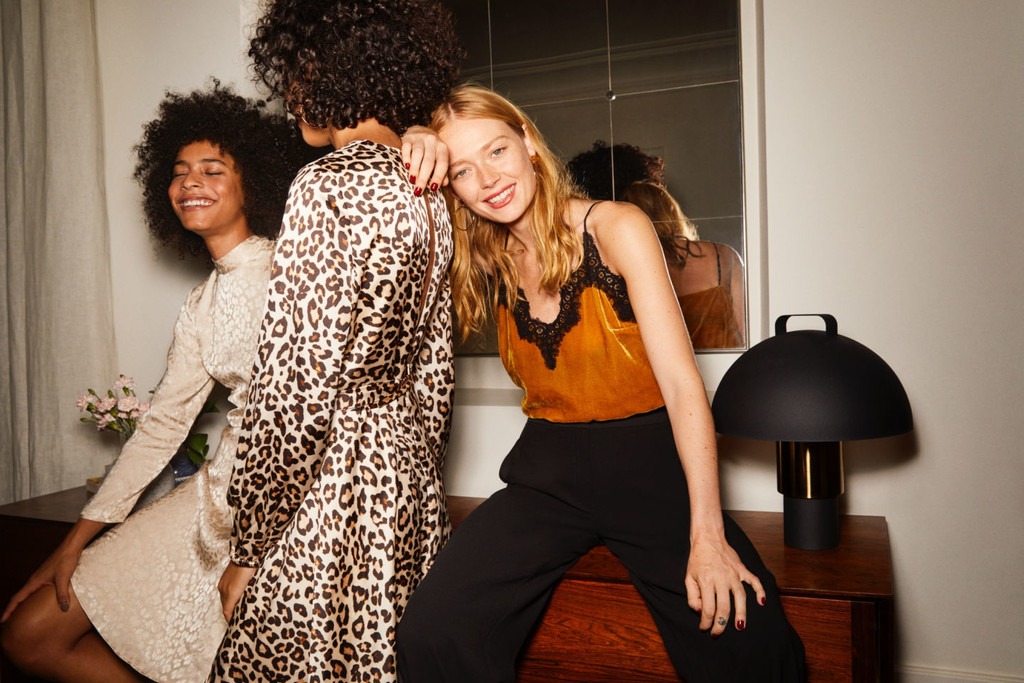 H&M saca lo mejor de sí para acompañarnos en la época de fiestas (y convertirnos en auténticas estrellas)#source%3Dgooglier%2Ecom#https%3A%2F%2Fgooglier%2Ecom%2Fpage%2F%2F10000