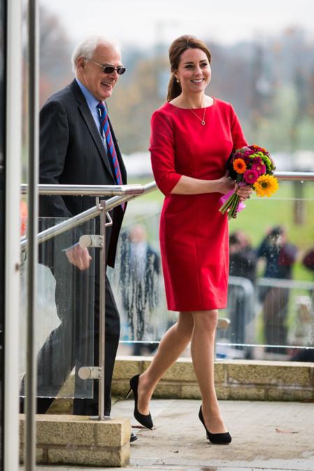 Kate Middleton Embarazo Rojo Look