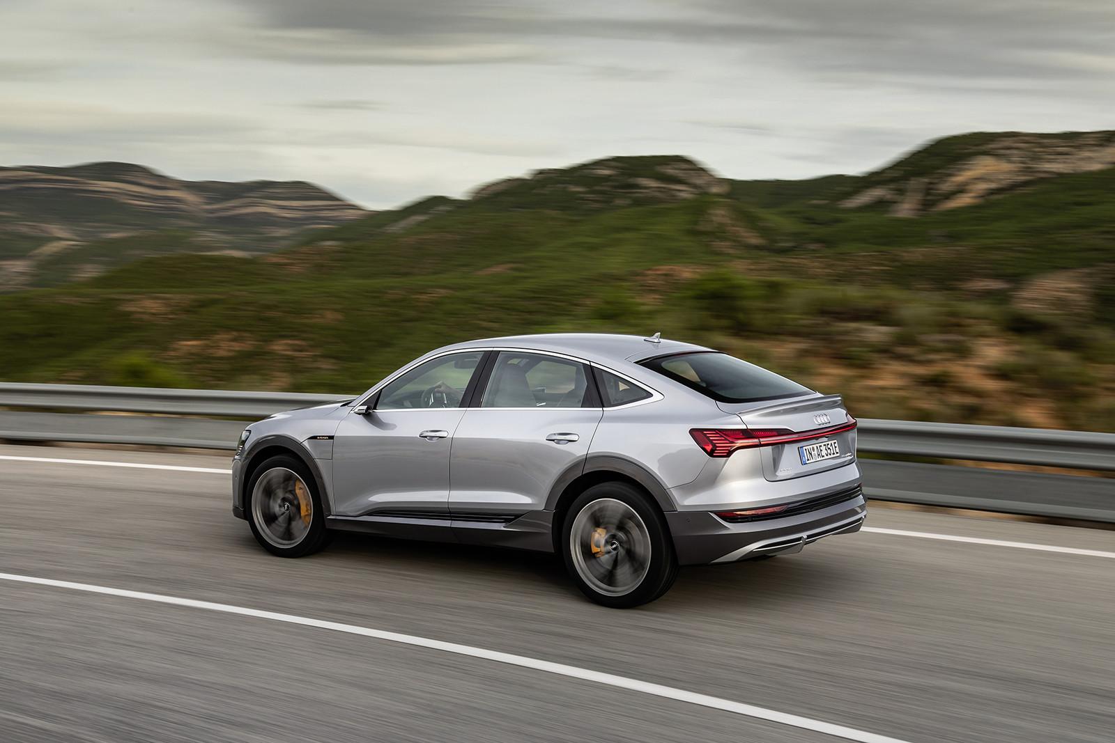 Foto de Audi e-tron Sportback (27/57)