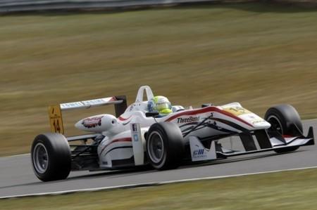 William Buller reemplaza a Carlos Sainz Jr en Zeta Corse