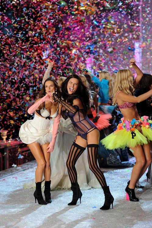 Foto de El desfile Victoria's Secret Fashion 2011: todas las imágenes (31/57)