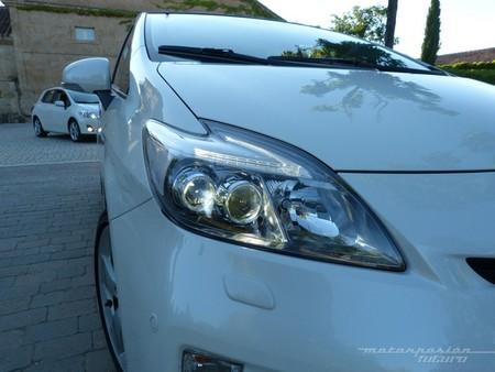Toyota Prius 2012 optica delantera