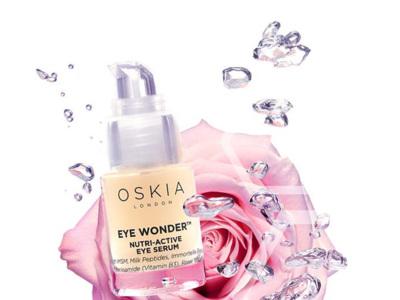Oskia nos enseña a mejorar la zona del contorno de los ojos con un masaje de digitopuntura