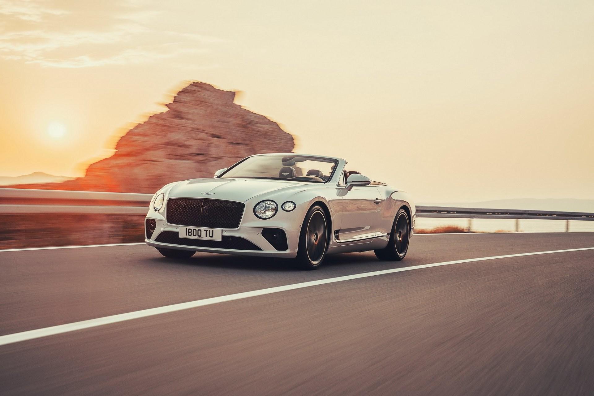 Foto de Bentley Continental GT Convertible 2019 (2/35)
