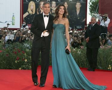 George Clooney y Elisabetta Canalis en el Festival de Cine de Venecia