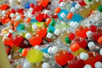 ¿Sabemos lo que bebemos? Coca-Cola y Pepsi eliminarán un polémico estabilizante gracias a la presión popular