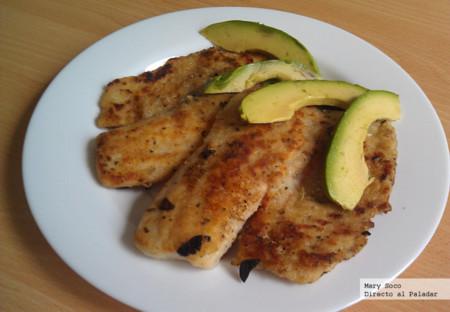 Filetes de pescado marinados en salsa teriyaki y hierbas finas. Receta