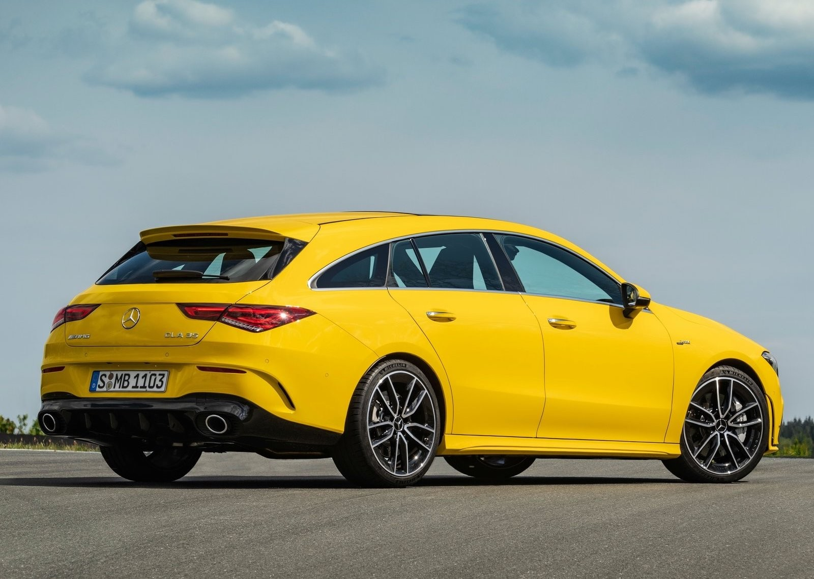 Foto de Mercedes-AMG CLA 35 Shooting Brake (8/15)