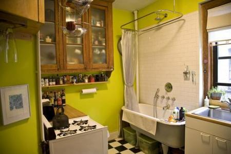Una mala idea: la bañera en la cocina