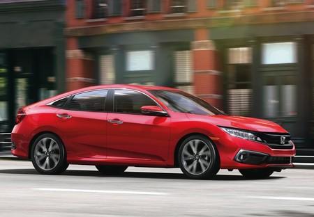 Honda dejará de fabricar Civic Sedán y Hatchback en algunos países como parte de su reestructuración global