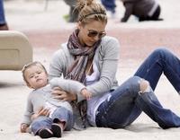 A Jessica Alba le sigue picando el gusanillo de la maternidad