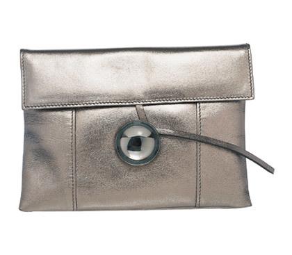 Descubre la colección de bolsos de lujo de Baccarat