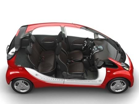 El Mitsubishi i-MiEV 2015 llega con un precio más bajo y algunas mejoras