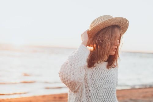 Los mejores sombreros (y viseras) para protegerte del sol en la playa por menos de 16 euros