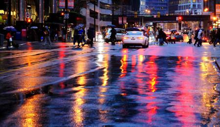 Las lluvias regresaron con fuerza y aquí 5 cosas que no nos gustan de manejar con lluvia.