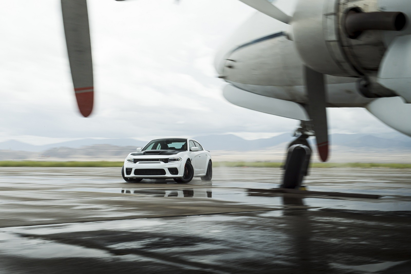 Foto de Dodge Charger SRT Hellcat Redeye 2021 (40/49)