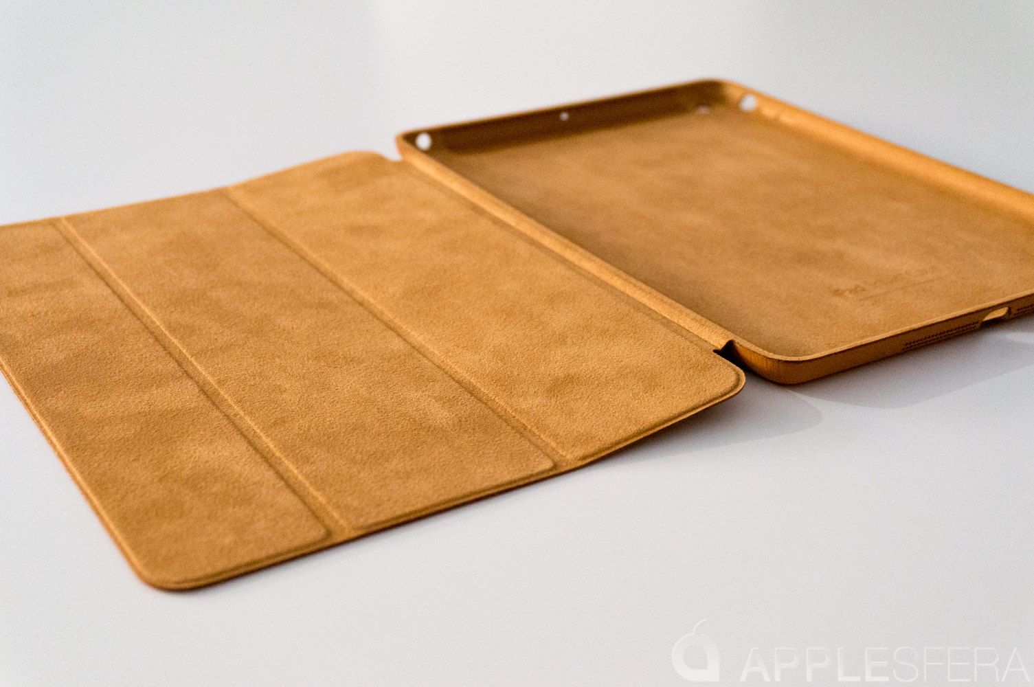 Foto de Así es la Smart Cover del iPad Air (6/16)