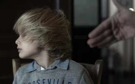 """""""Un cachete a tiempo"""" no soluciona nada: prohibir pegar a los niños reduce la criminalidad adolescente"""