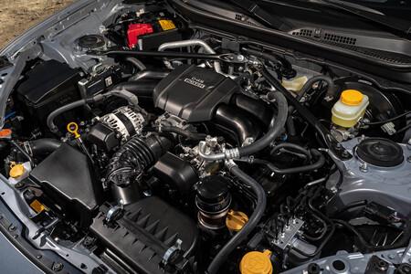 Subaru BRZ 2021 motor
