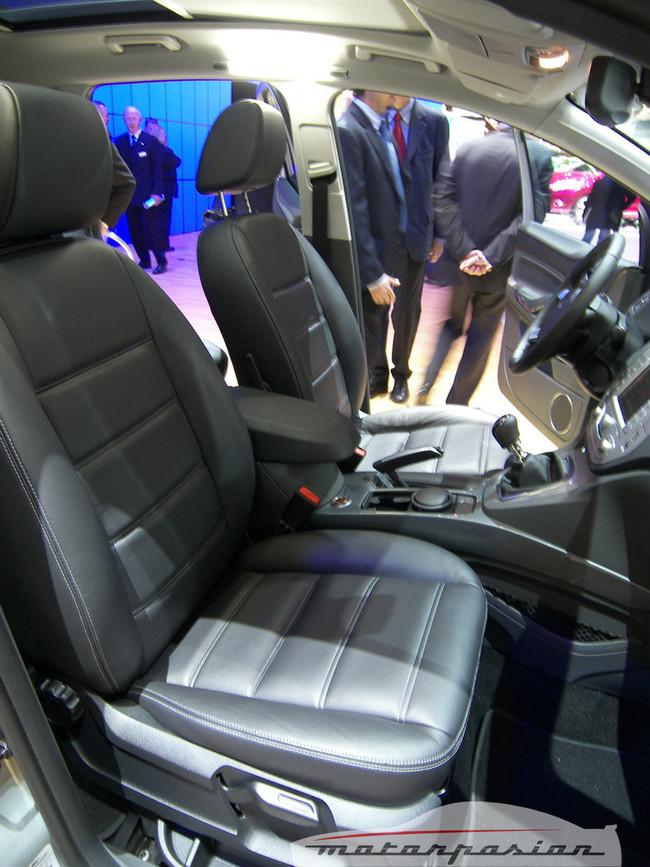 Foto de Ford Kuga en el Salón de Ginebra (12/20)