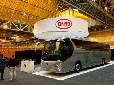 Presentado el BYD C9, un autobús 100% eléctrico con más de 300 kilómetros de autonomía