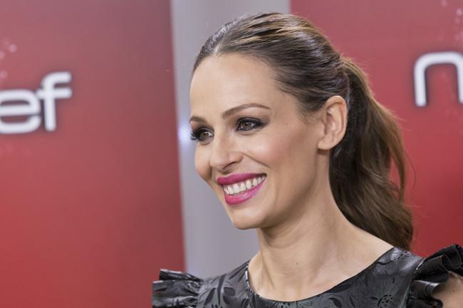 Eva González presume de embarazo con un look premamá que querrás copiar