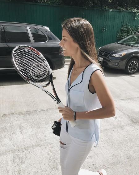 Todos los beneficios del tenis, el deporte con el que Ana Boyer se mantiene en forma también en verano
