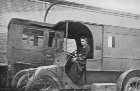 Marie Curie Mobile X Ray Unit
