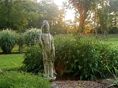 Dp Rockwell Asian Garden Sculpture 4x3 Jpg Rend Hgtvcom 1280 960