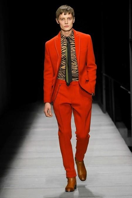 Prince Pelayo Cambia El Leopardo Por La Cebra En Su Look Para Masters Of Craft De Bottega Veneta En Madrid 3